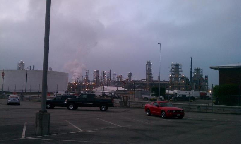 ExxonMobil refinery in Torrance, CA 5-10-13